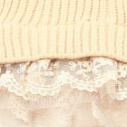 Charming Sweater Pull with Lace