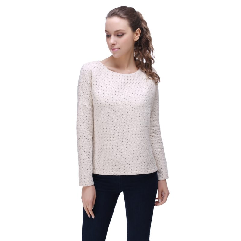 Thin quilted pullover top with polka dots