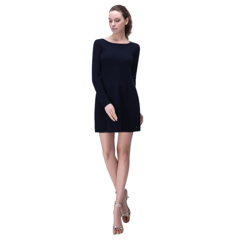 Elegant Sweater Dress with Zipper Back