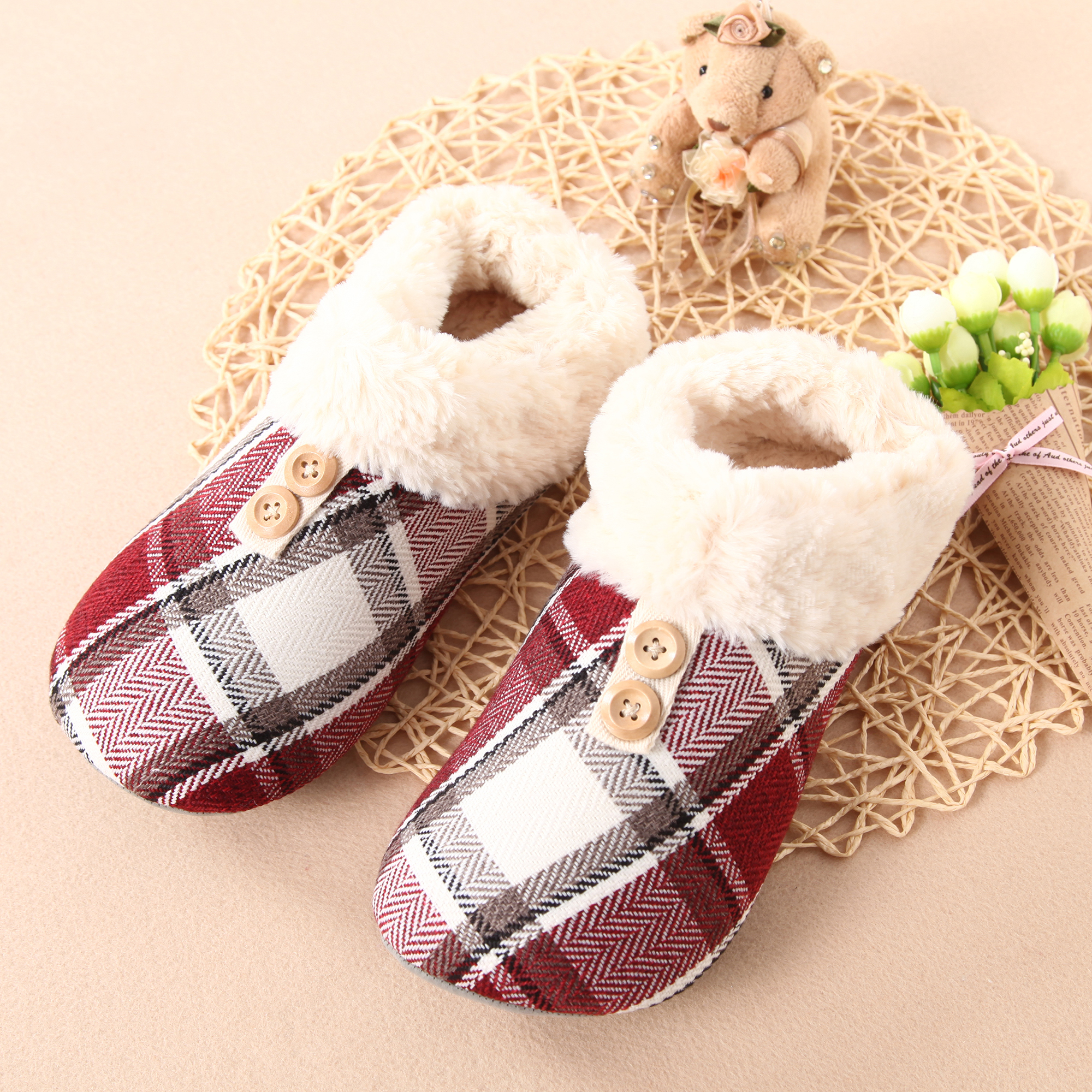 Comfort Lining Memory Foam indoor Slipper