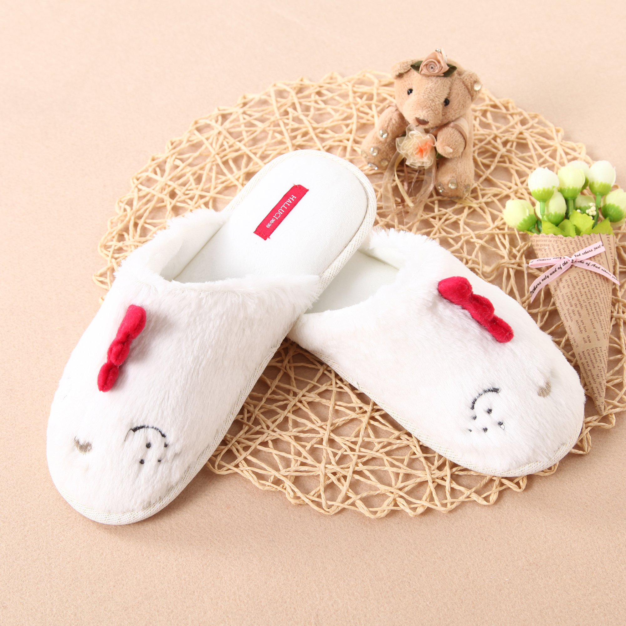 Plush Chickens Embroidery Memory foam Slippers